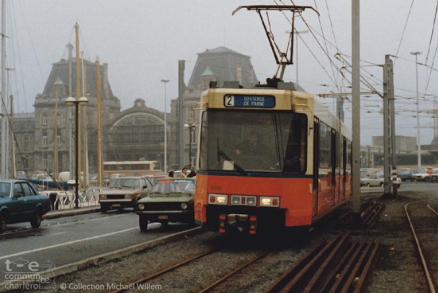 6111 - Gare d'Ostende - Janvier 1982