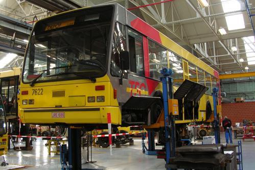 Un Van Hool A500/2 dans les ateliers de Jumet